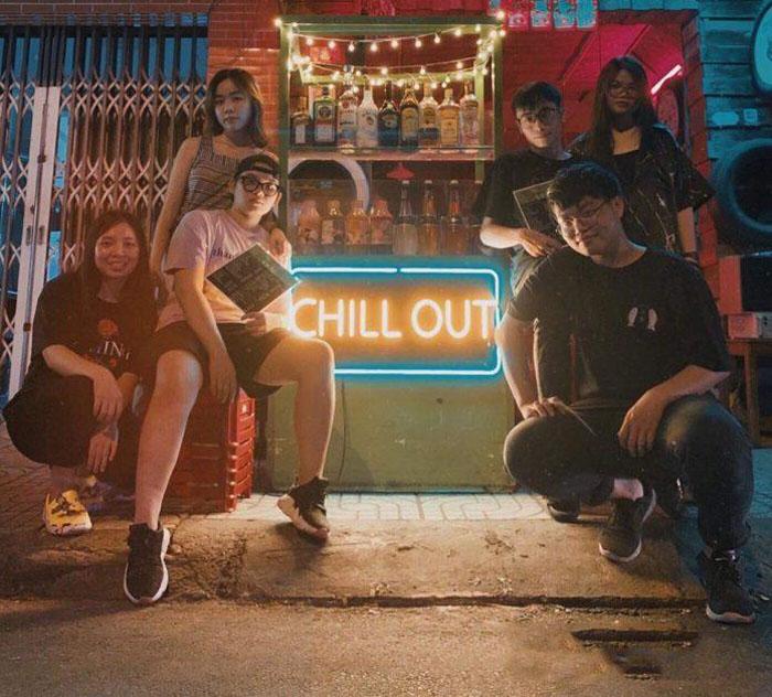 Bia úp ngược – Chill Out
